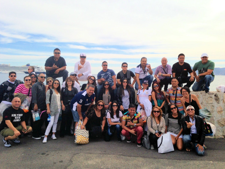 Lanai's Travel Club group picture